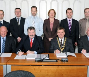 Tom-Crosby-Independent-Counsellor-Roscommon-Ireland-Signing-of-Contract-for-Ballaghadreen-By-Pass-2013